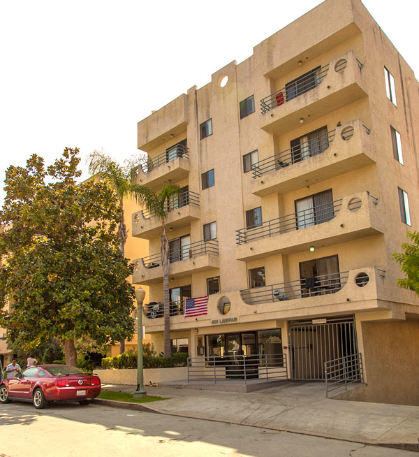 Apartment Locator Los Angeles: 403 Landfair Ave, Los Angeles, CA 90024